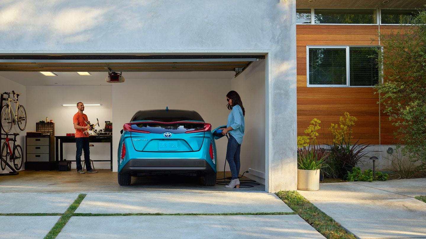 Toyota Prius Prime - garage plugging in